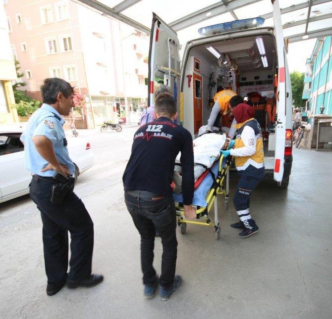 Hırsızlık şüphelisi polisten kaçarken 4. kattan düştü