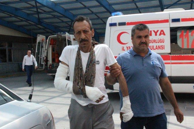 Konya'da pazar yerinde dehşet saçan 3 şüpheli adliyeye sevk edildi