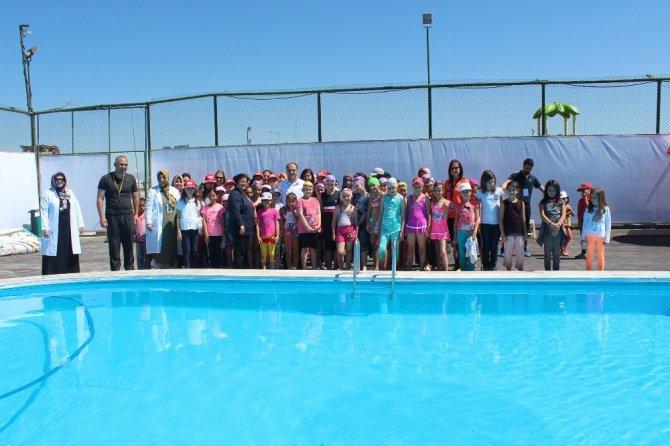 Beyşehir'de yüzme kursları başladı
