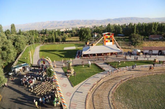 Ereğli Belediyesi atlı spor kulübü açıldı