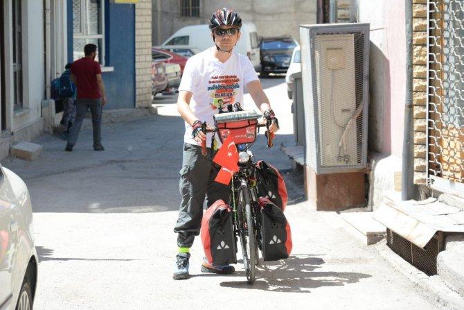 15 Temmuz anısına bisikletiyle yollarda