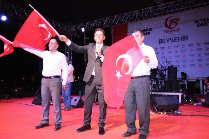 Beyşehir'de Mustafa Yıldızdoğan coşkusu