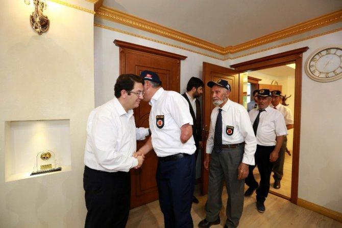 Aksaraylı Gazilerden Başkan Yazgı'ya teşekkür
