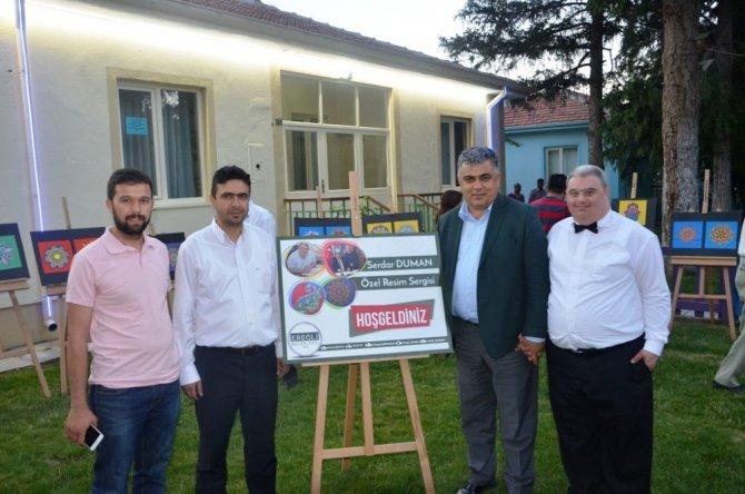 Down Sendromlu Serdar Duman'ın sergisi açıldı