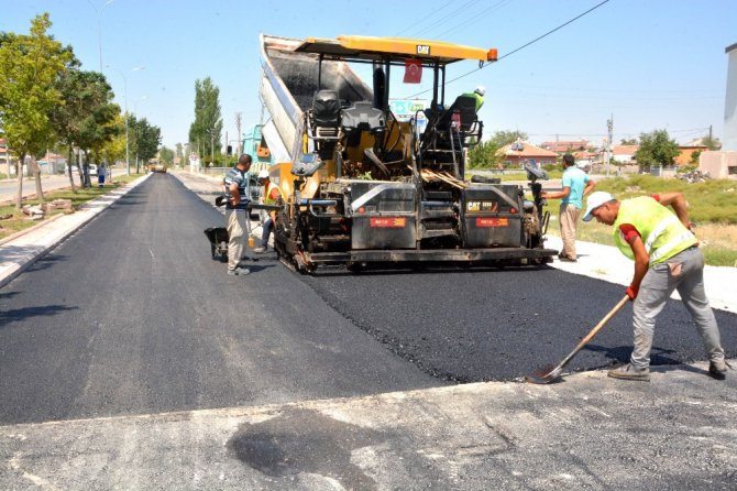 Aksaray Belediyesi asfalt çalışmalarını sürdürüyor