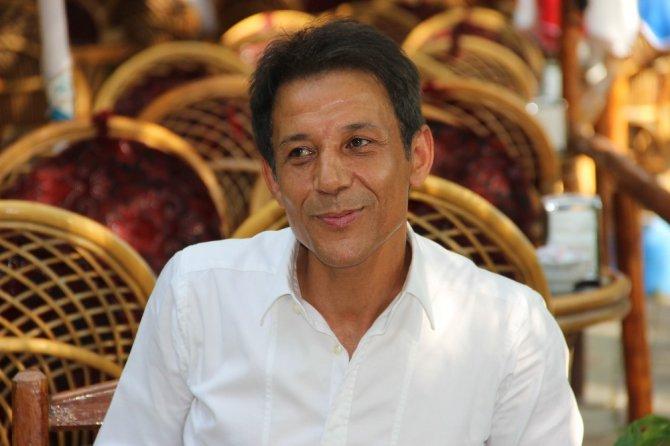 Mustafa Yıldızdoğan: