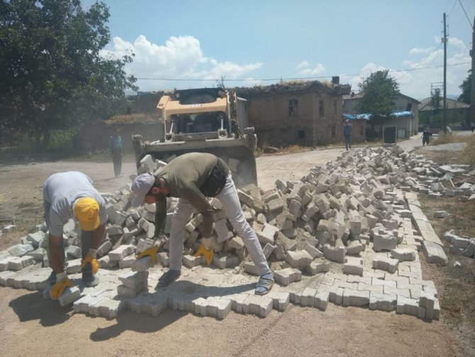 Seydişehir Belediyesi çevre düzenleme çalışmalarını sürdürüyor