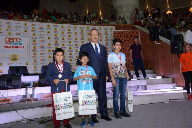 Genç Komek Yaz Okulu'nda yarışma coşkusu