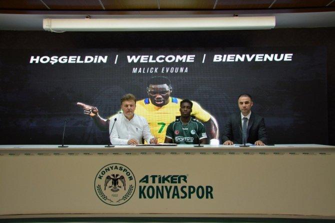 Atiker Konyaspor'a Gabonlu forvet