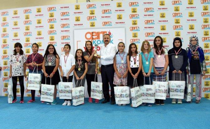 Genç KOMEK Turnuva Ödülleri sahiplerini buldu