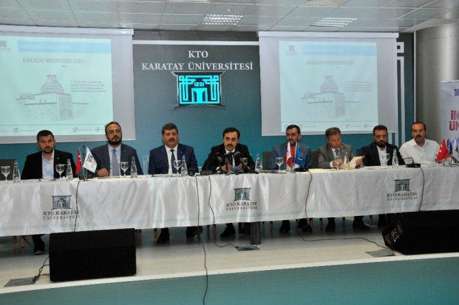 """Selçuk Öztürk: """"KTO Karatay Üniversitesini 2023'de Türkiye'nin ilk 10 üniversitesi arasında göreceğiz"""""""