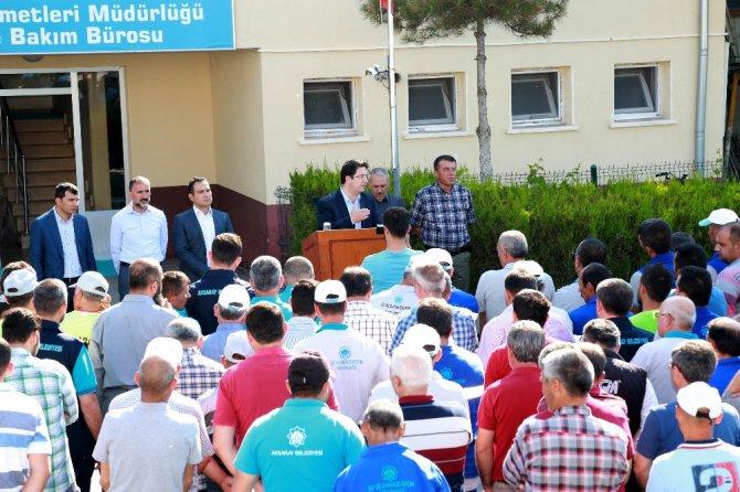 Başkan Yazgı'dan kurban bayramı öncesi işçilere ikramiye jesti