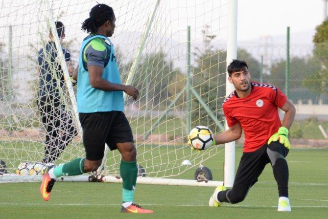 Atiker Konyaspor hazırlıklarını sürdürüyor