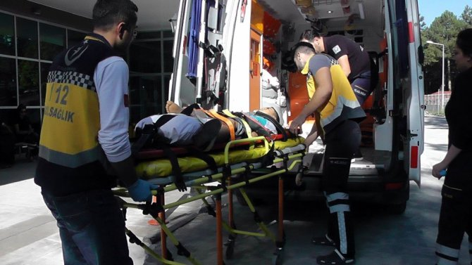 Konya'da otomobil şarampole yuvarlandı: 8 yaralı