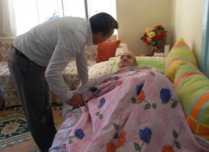 Başkan Tutal'dan Kore Gazilerine bayram ziyareti
