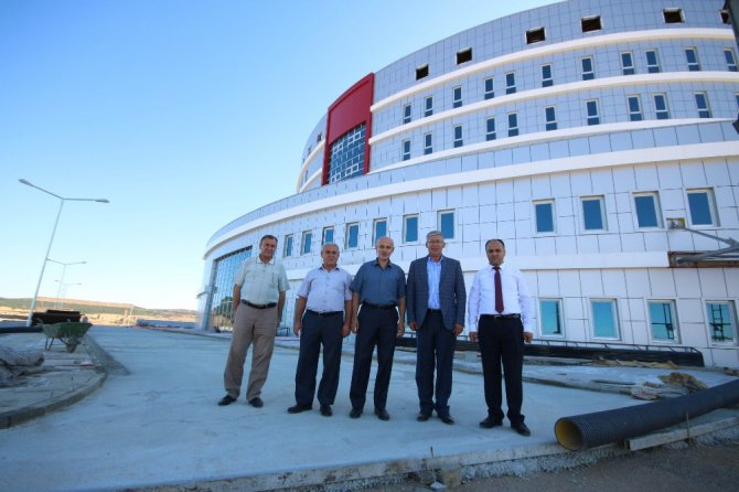 Beyşehir'e yapılan devlet yatırımlarını incelediler