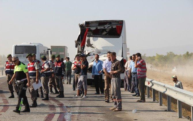 Konya'daki kazada yaralanan kişi 6 gün süren yaşam mücadelesini kaybetti