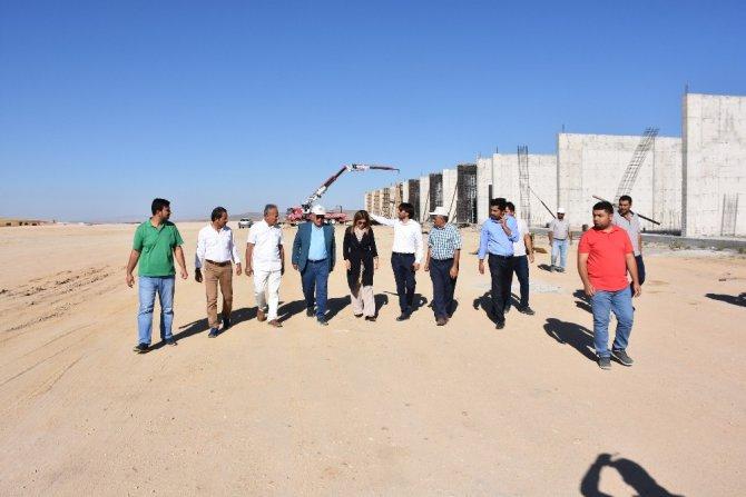 AK Parti Grup Başkan Vekili İnceöz'den tarım ticaret merkezine ziyaret