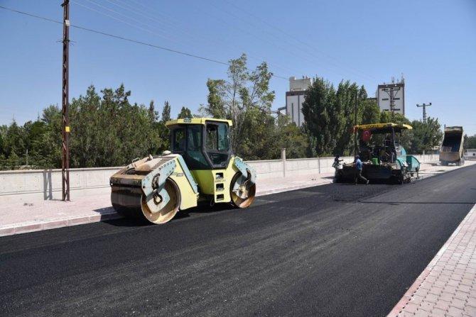 Selçuklu Belediyesi, asfalt ve altyapı çalışmalarını sürdürüyor