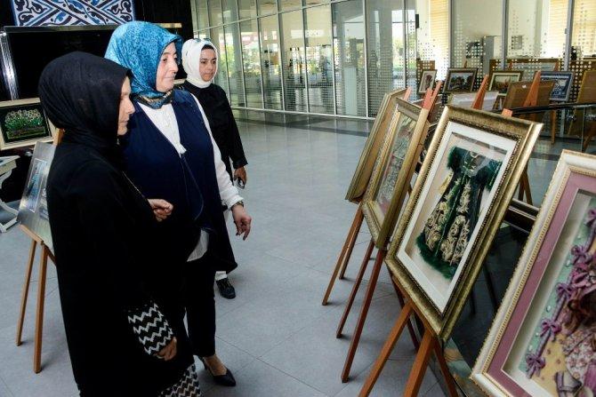 Meram Kadın Meclisi'nden Rölyef Sergisi