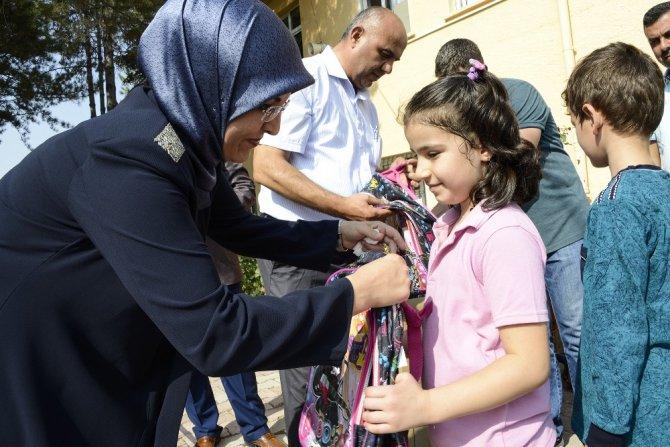 Meram Belediyesi'nden eğitim hediyesi