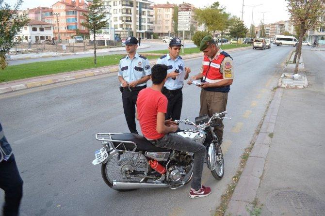 Aksaray'da polis ve jandarmadan modifiyeli araçlara ortak uygulama