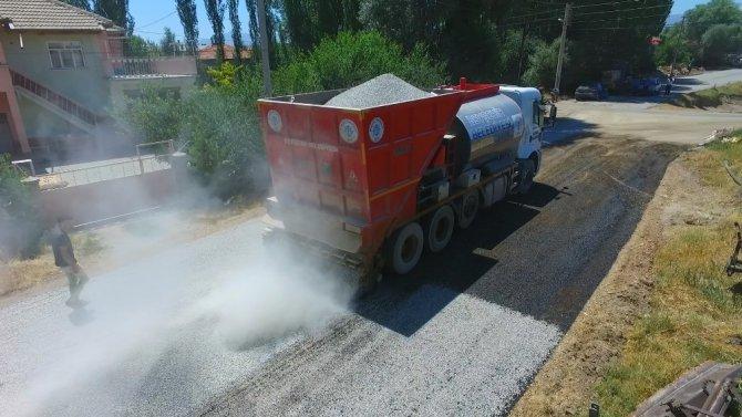 Beyşehir'de asfalt çalışmaları sürüyor