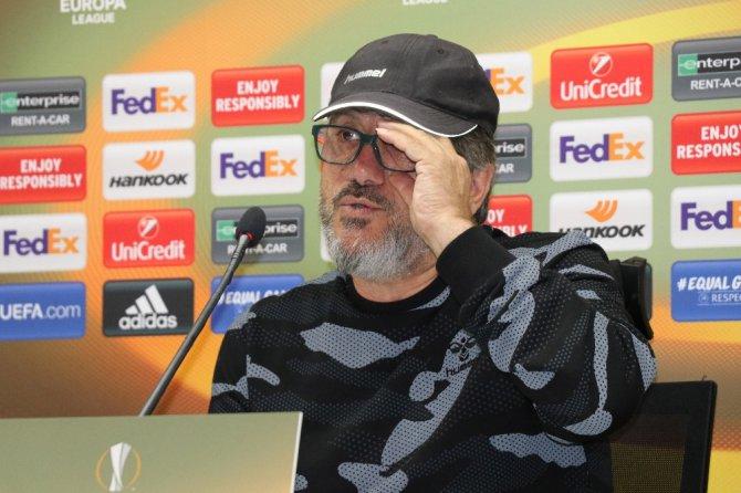 """Mustafa Reşit Akçay: """"Bütün oyuncularımızın ampulü yanmalı ve çok iyi ışıldamalıyız"""""""