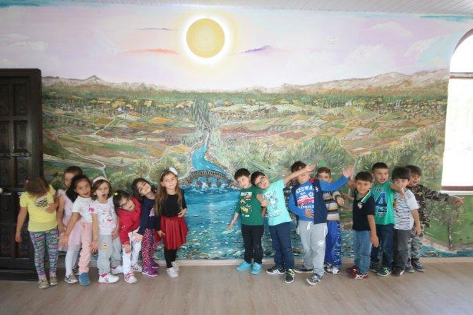 Beyşehir Belediyesi'nden minik öğrencilere 'masal evi'