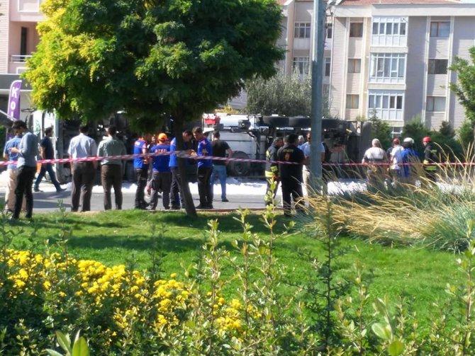 Konya'da 5 ton sıvılaştırılmış gaz yüklü tanker devrildi