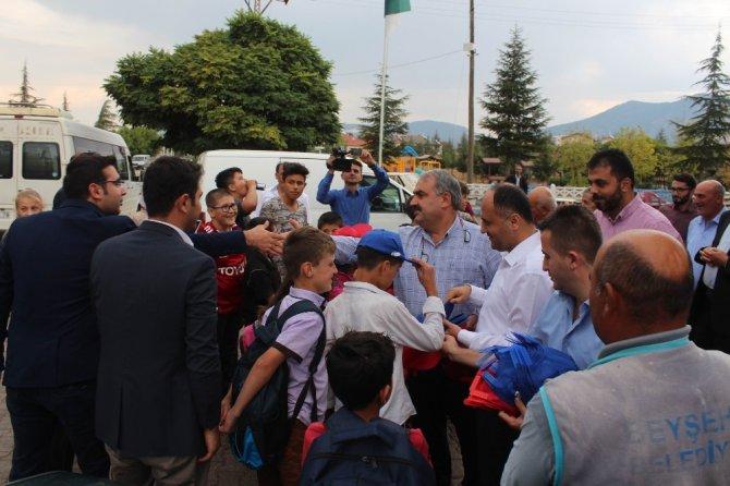 Milletvekili Etyemez ve Başkan Özaltun'dan mahalle ziyareti