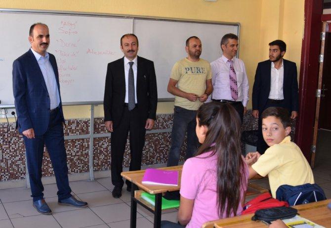 """Başkan Altay: """"En büyük değerimiz gençlerimiz"""""""