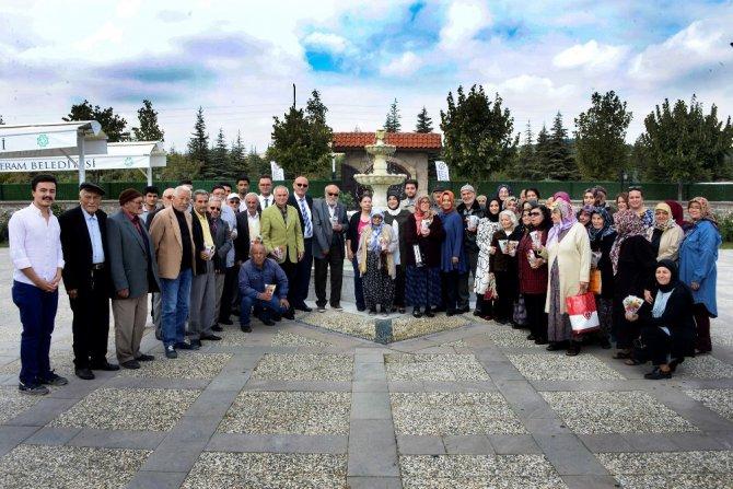 Meram'da 'Yaşlılar Haftası' buluşması