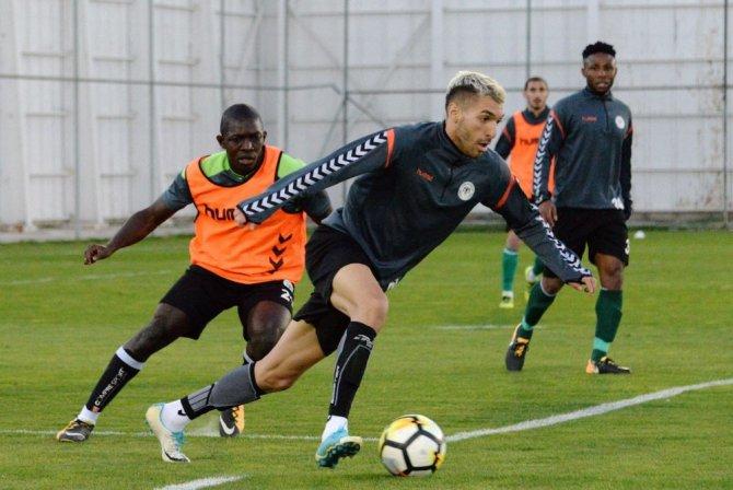 A. Konyaspor'a 3 gün izin