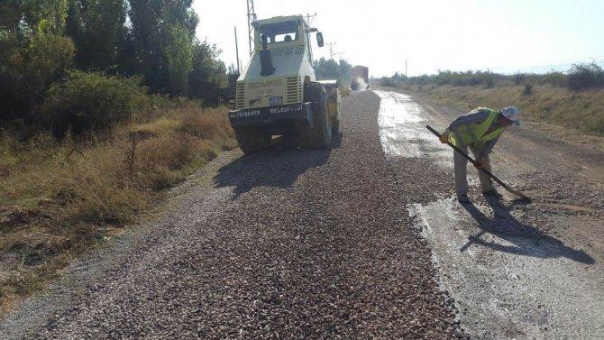 Seydişehir Belediyesinin asfalt çalışmaları sürüyor