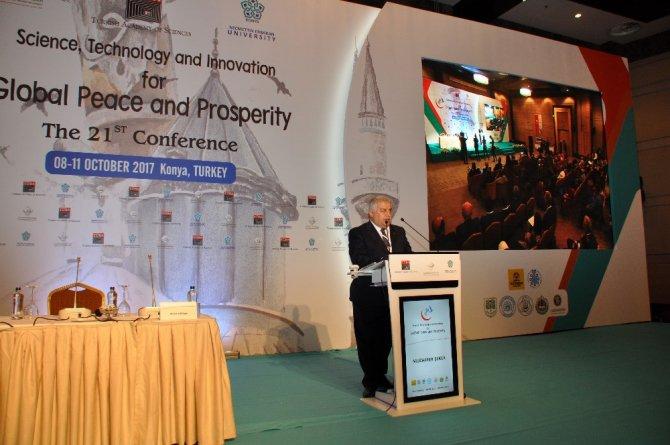 """Konya'da """"Küresel Barış ve Refah İçin Bilim, Teknoloji ve İnovasyon"""" konulu konferans"""