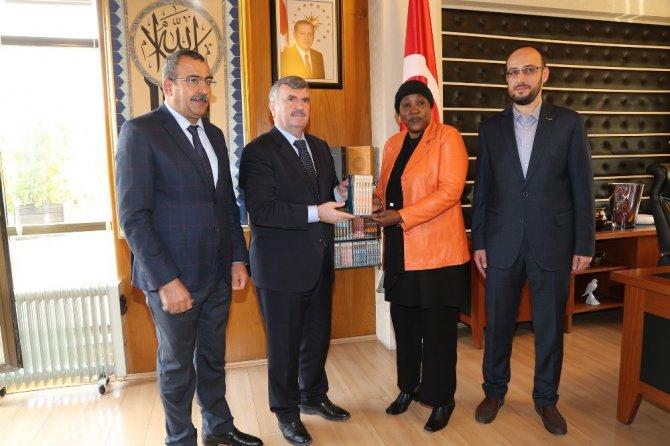 Nijer Ankara Büyükelçisi, Başkan Akyürek ile görüştü