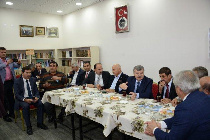 Konya'da kahvehaneler kıraathaneye dönüşüyor