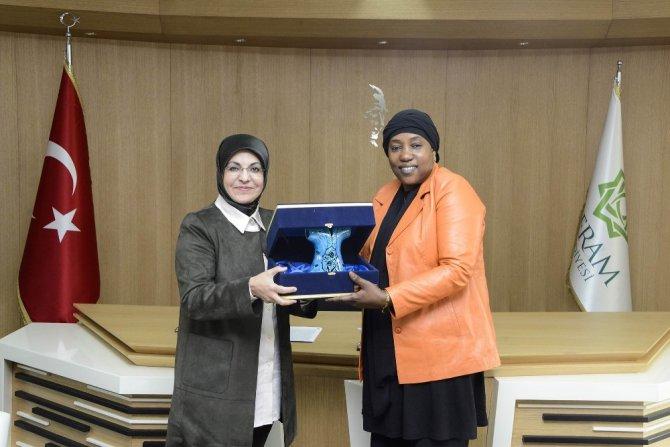 Nijer Büyükelçisi'nden Başkan Toru'ya övgü