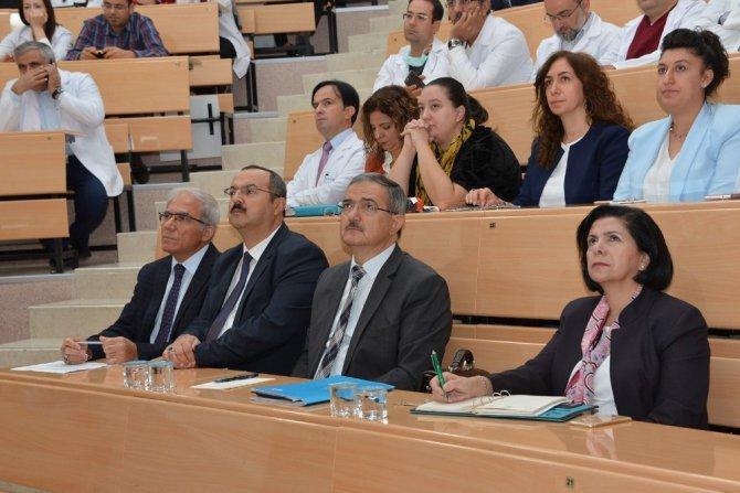 Selçuk Üniversitesi Tıp Fakültesi'nde Akademik Kurul toplantısı