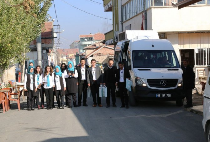 Aksaray'da 'belediye kapımda' ekipleri vatandaşın ayağına gidiyor