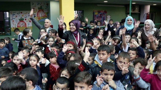 Filistinli miniklerin Erdoğan sevgisi