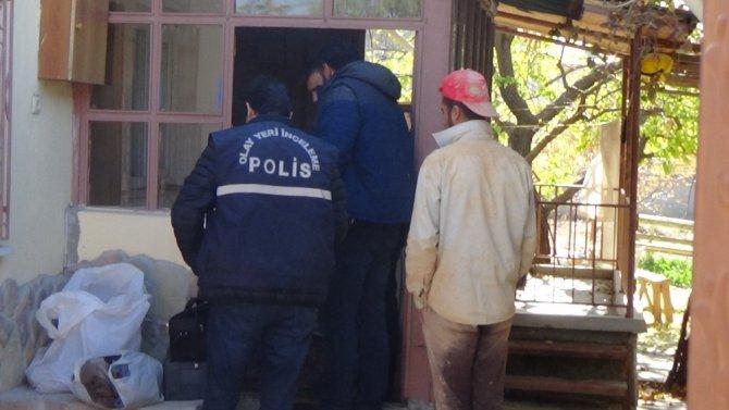 Maskeli şüphelilerin Suriye uyruklu hamile kadını gasp ettiği iddiası