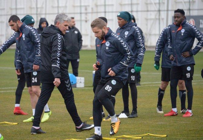 Atiker Konyaspor, Vitoria Guimares maçının Konya'daki son çalışmasını yaptı