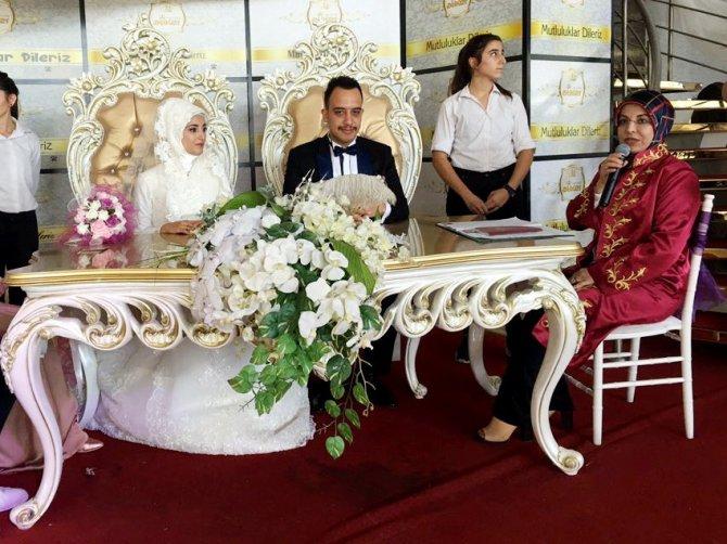 Meram'da 2017'de 2572 nikah kıyıldı