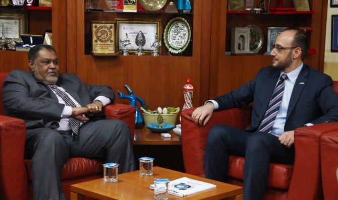 """Başkan Okka, """"Sudan ile her türlü iş birliğine hazırız"""""""
