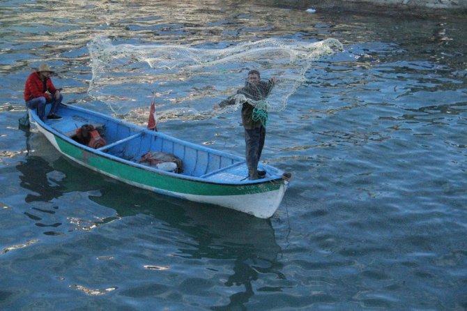 Beyşehir Gölü'nde bahar yoğunluğu