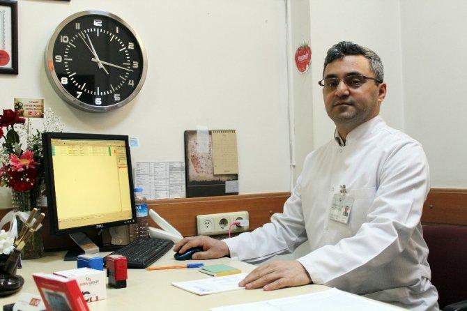"""Op. Dr. Mehmet Şentürk: """"Horlama daha büyük hastalık grubunun habercisi olabilir"""""""
