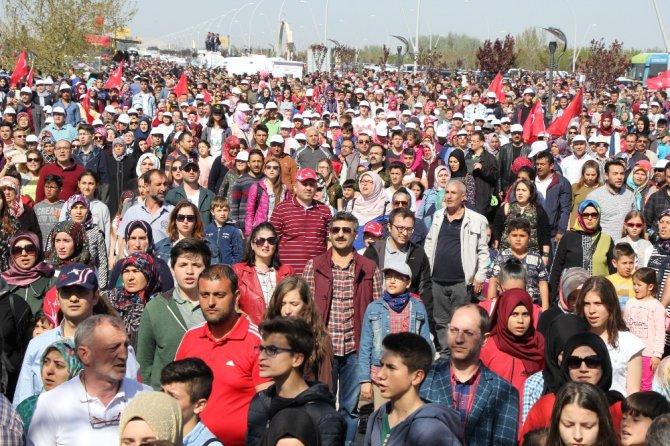 Türk Yıldızları ve Solo Türk'ten muhteşem gösteri