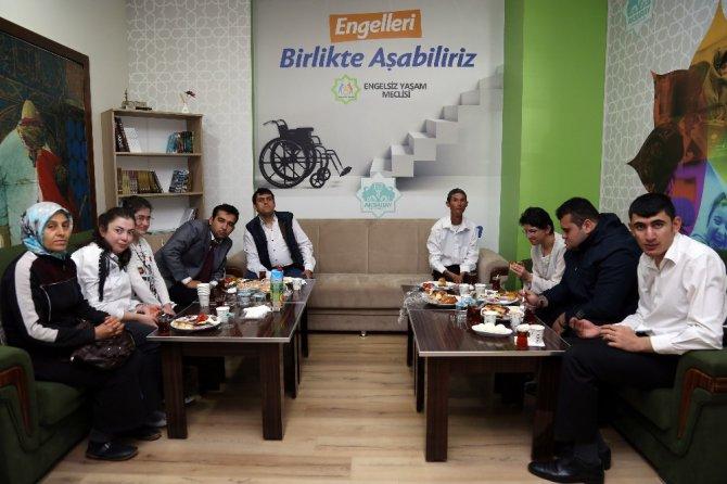 Başkan Yazgı, engelli dernek temsilcileriyle bir araya geldi